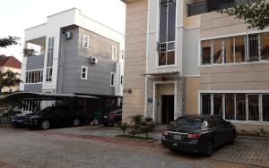 7 bedroom Detached Duplex for rent Brains& Hammer Estate Life Camp Abuja