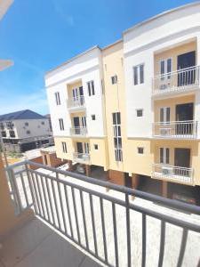 4 bedroom Terraced Duplex for rent After Second Toll Gate Lekki Lekki Phase 2 Lekki Lagos