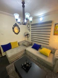 1 bedroom mini flat  Mini flat Flat / Apartment for rent Lafiaji Dolphin Estate Ikoyi Lagos