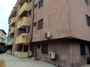 3 bedroom Blocks of Flats for sale Oniyo Street Fadeyi Shomolu Lagos