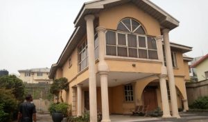 9 bedroom Detached Duplex House for sale GRA Onitsha North Anambra