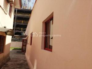 9 bedroom House for sale     Idowu Taylor Victoria Island Lagos