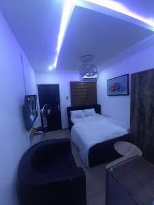 1 bedroom Studio Apartment for shortlet 119 Ogunlana Drive, Surulere Ogunlana Surulere Lagos