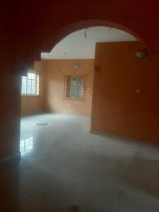 3 bedroom Flat / Apartment for rent Executive 3bedroom at oko oba agege very decent and beautiful nice environment secure area with PREPAID METER all ensuite  Oko oba road Agege Lagos