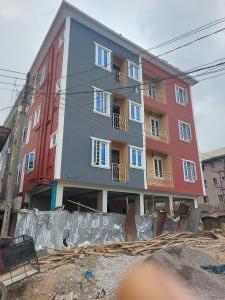 1 bedroom Mini flat for rent Off Lawanson Road Surulere Lagos