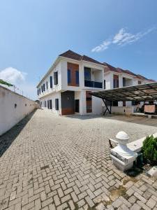 5 bedroom Detached Duplex House for sale Orchid Hotel Road chevron Lekki Lagos