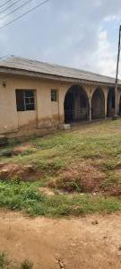 Detached Bungalow for sale Olosan Academy Akala Express Ibadan. Akala Express Ibadan Oyo