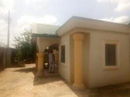 3 bedroom Detached Bungalow House for sale Barnawa opposite psychiatric hospital Kaduna South Kaduna