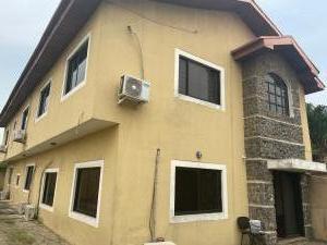 5 bedroom House for sale ... Atunrase Medina Gbagada Lagos