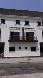 4 bedroom Penthouse Flat / Apartment for sale Jahi Abuja