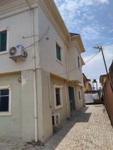5 bedroom Detached Duplex for sale Trinity Estate,ago Palace Ago palace Okota Lagos