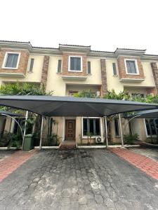 4 bedroom Terraced Duplex for rent Ikate Lekki Lagos