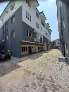 4 bedroom Terraced Duplex for rent Off Western Avenue Iponri Surulere Lagos