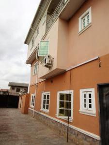 4 bedroom Flat / Apartment for rent Balogu street at Ago Palace Way okota Lagos State Ago palace Okota Lagos