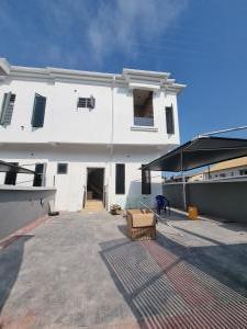3 bedroom Terraced Duplex for sale Ologolo Lekki Lagos