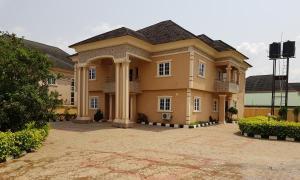 5 bedroom Detached Duplex House for sale benin, Oredo Edo