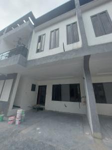 4 bedroom Terraced Duplex House for sale Yekini Elegushi road Ilasan Lekki Lagos