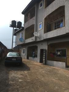 2 bedroom Flat / Apartment for sale Okpanam road. Asaba Delta