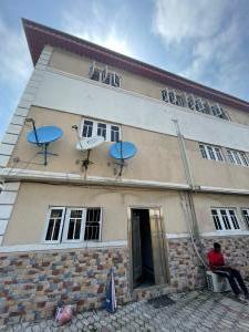 1 bedroom mini flat  House for rent Chevy View chevron Lekki Lagos