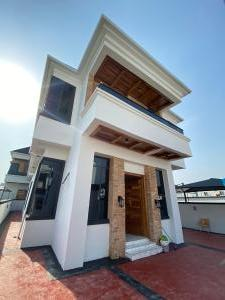 5 bedroom Detached Duplex House for sale By the 2nd toll gate  Lekki Lagos
