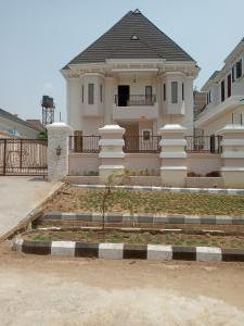 6 bedroom Massionette for sale 44 Crescent, Citec Villa Residential Area Gwarinpa Abuja
