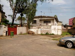 3 bedroom Flat / Apartment for rent 13, Adekunbi Street Off Majekodunmi Street Ikeja Ikeja Lagos