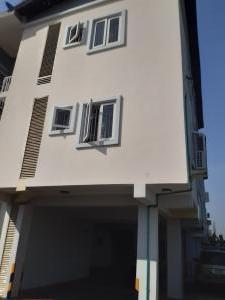 1 bedroom mini flat  Self Contain Flat / Apartment for rent Off Idowu Dabiri Sangotedo Lagos