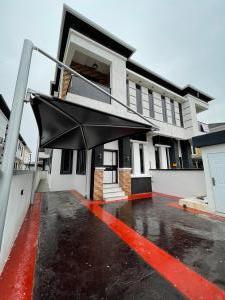 4 bedroom Semi Detached Duplex House for rent Chevron Chevyview estate chevron Lekki Lagos