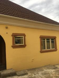 3 bedroom Blocks of Flats House for rent Jericho/eleyele Road Jericho Ibadan Oyo