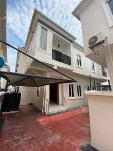 4 bedroom Detached Duplex for sale Chevron Drive Lekki chevron Lekki Lagos