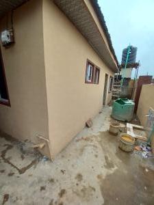 1 bedroom Mini flat for rent Close To Fola Agoro Abule-Ijesha Yaba Lagos