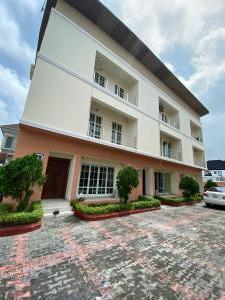 4 bedroom Flat / Apartment for shortlet Chevy view chevron Lekki Lagos