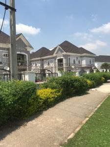3 bedroom Semi Detached Duplex for rent Guzape District Guzape Abuja