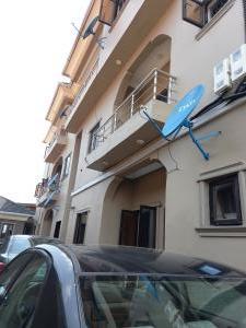 3 bedroom Flat / Apartment for rent Off Abiodun str Shomolu Shomolu Lagos