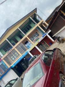 3 bedroom Office Space for sale Oyemekun Road Akure Ondo