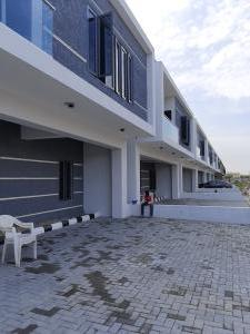 3 bedroom Terraced Duplex for rent Abraham Adesanya Ajah Lagos