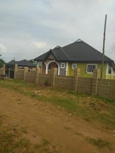 2 bedroom Flat / Apartment for rent Lugboko Town, Along Ogidan Staff Quarters (owode Egba), Obafemi Owode Local Government, Ogun State. Ofada Obafemi Owode Ogun