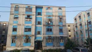 3 bedroom Flat / Apartment for sale Kosofe Road Dolphin Estate Ikoyi Lagos