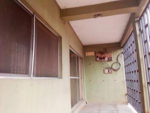 3 bedroom Flat / Apartment for rent Eyinni Area, off Orita Challenge Ibadan Oyo