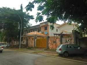 7 bedroom Detached Duplex House for sale Panama Maitama Abuja