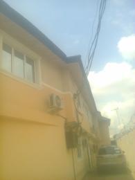 4 bedroom House for rent Waheeb Larinde, Mafoluku Oshodi Expressway Oshodi Lagos