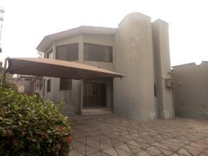 5 bedroom Flat / Apartment for sale Alalubosa Ibadan Oyo