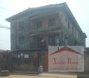 3 bedroom Flat / Apartment for sale Hostel By ile -Iwe Busstop.  Egbe/Idimu Lagos