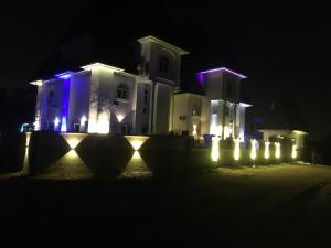 10 bedroom Hotel/Guest House Commercial Property for sale Wuye Abuja