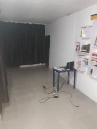 1 bedroom mini flat  Office Space Commercial Property for rent Off OJUELEGBA BSTOP YABA, LAGOS Tejuosho Yaba Lagos