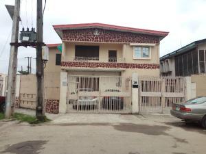 Blocks of Flats House for sale Off ogunlana Ogunlana Surulere Lagos