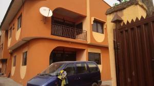 3 bedroom Flat / Apartment for sale Akintunde Cole Close Ago palace Okota Lagos