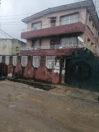 3 bedroom Blocks of Flats House for sale Adegbola  Lawanson Surulere Lagos