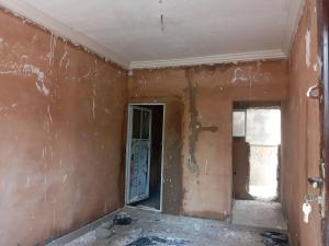 Self Contain Flat / Apartment for rent Off Morris Ste Abule-Oja Yaba Lagos