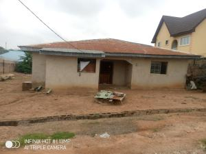3 bedroom Detached Bungalow House for sale Oluyole extension Oluyole Estate Ibadan Oyo